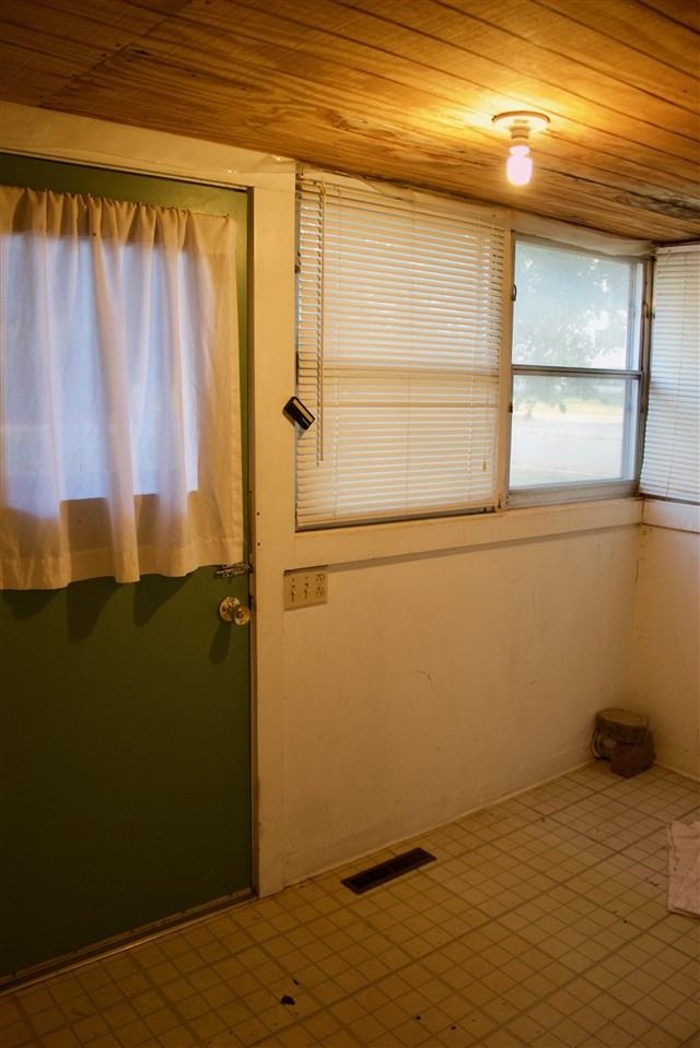 For Sale: 322  Locust, Halstead KS