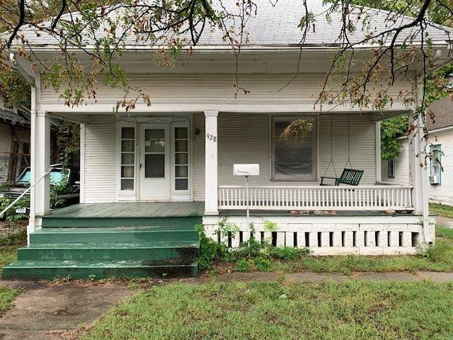For Sale: 928 S Main St, Wichita KS