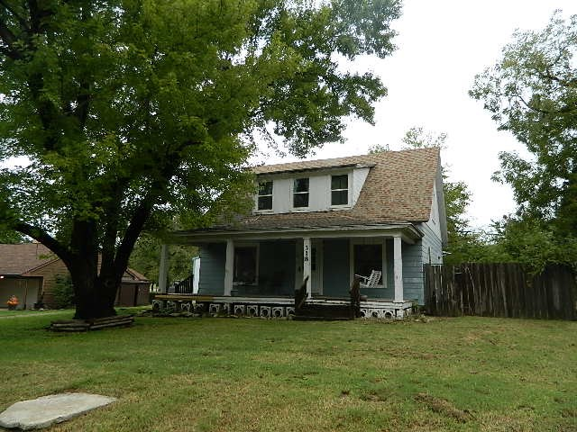 For Sale: 318 N College, Winfield KS