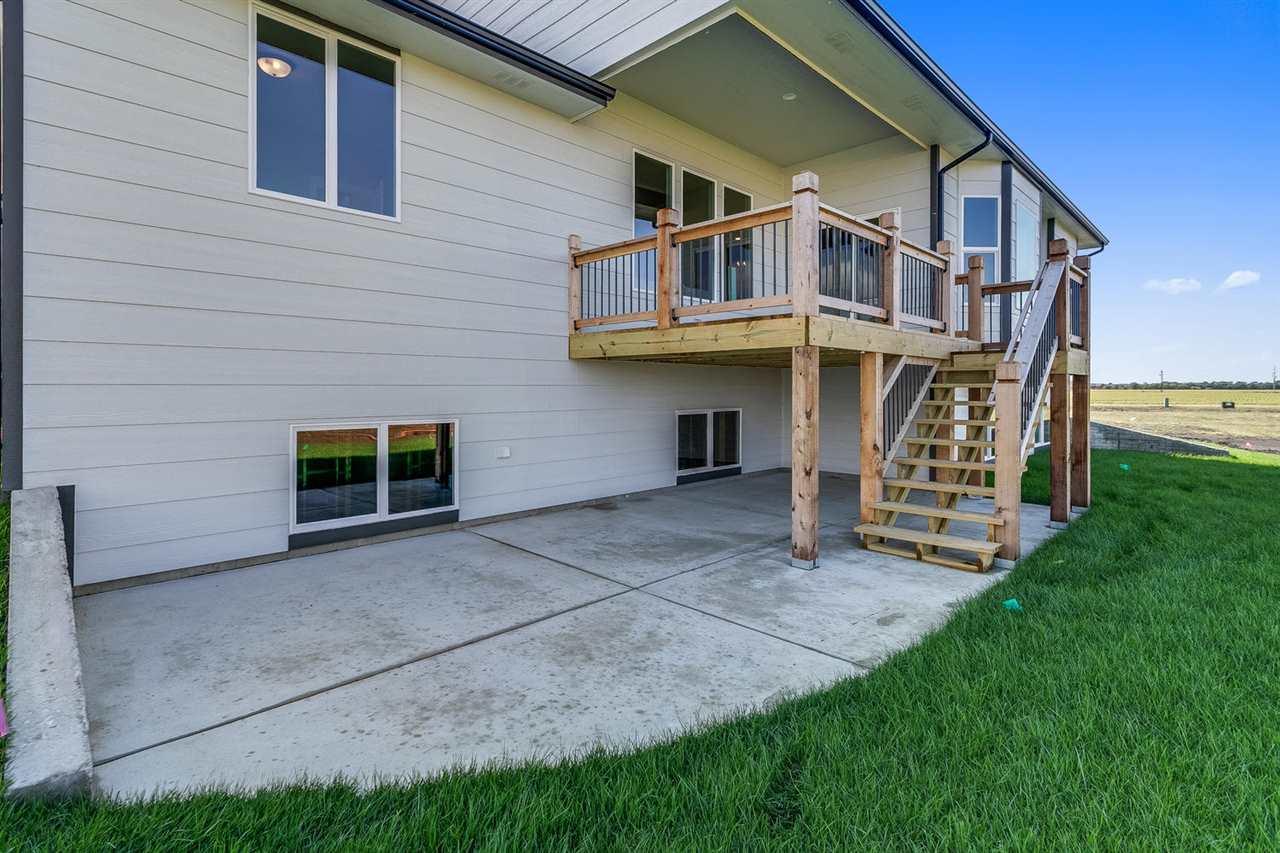 For Sale: 2510 N Quartz St, Andover KS