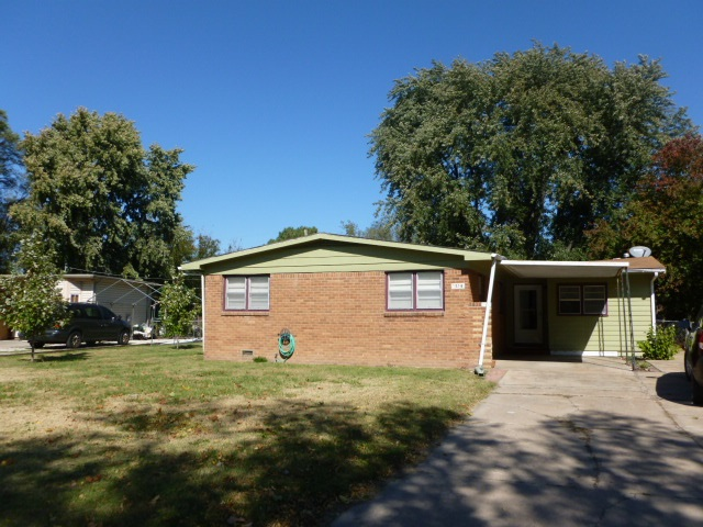 For Sale: 1216 E Beaumont, Park City KS