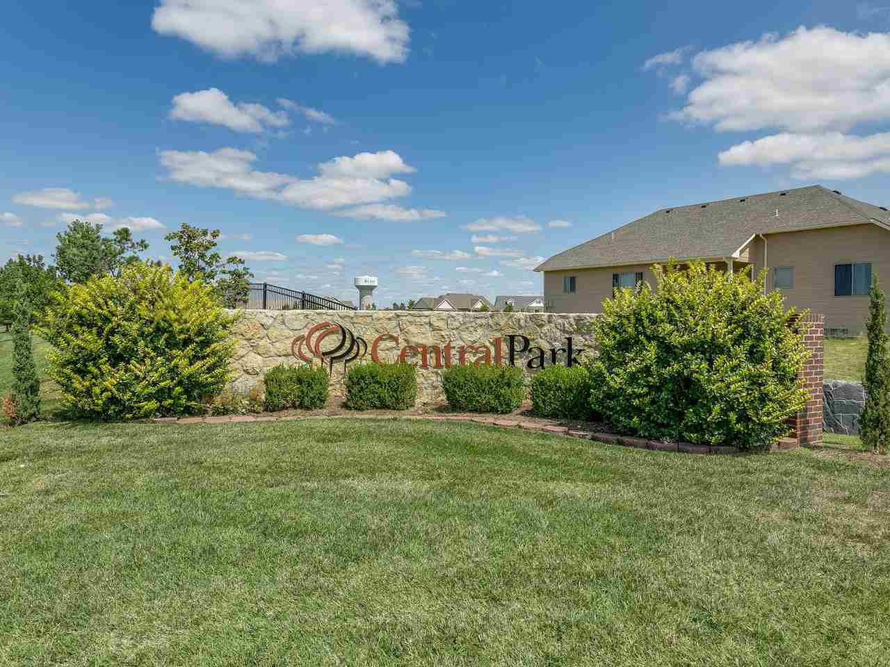 For Sale: 5109 N Colonial Ave, Bel Aire KS