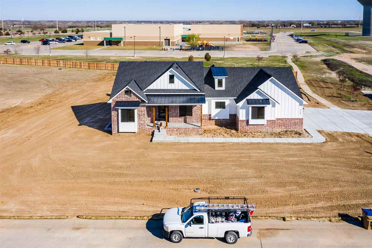 For Sale: 5248 N Colonial Ave, Bel Aire KS