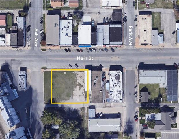 For Sale: 225 W Main, Valley Center KS