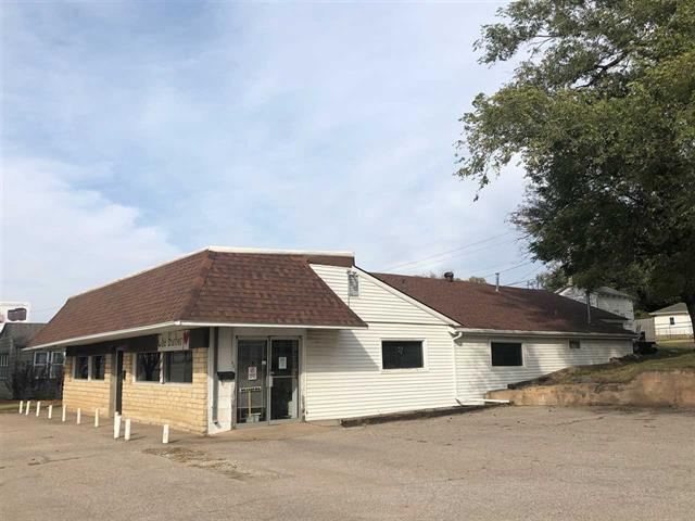 For Sale: 515 N G ST, Wellington KS