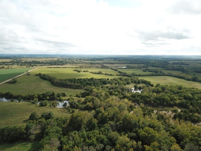 For Sale: 15558  Clay Road, Fredonia KS