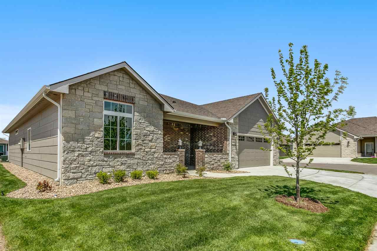 For Sale: 6232 Venice Ct, Wichita, KS, 67205,