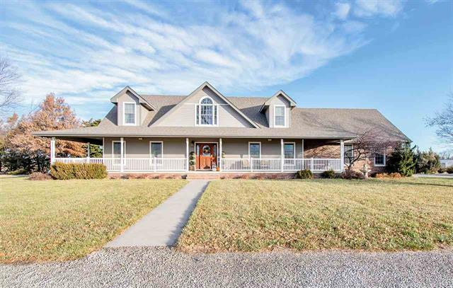 For Sale: 1019 N Burrton Ave, Burrton KS