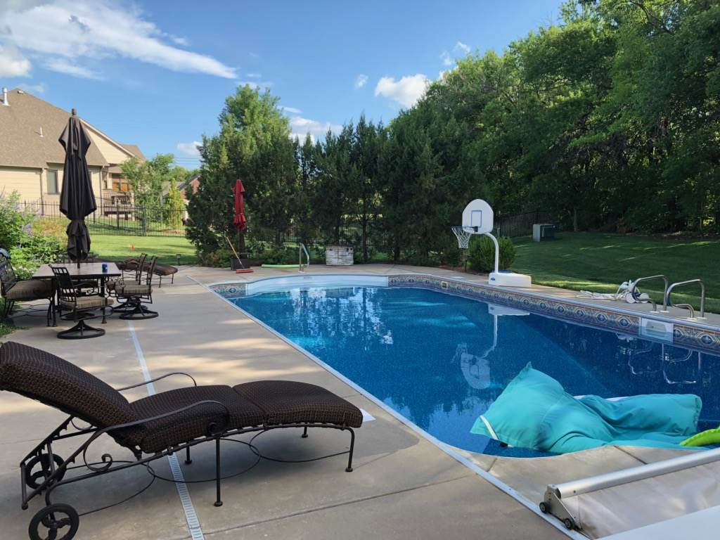 For Sale: 1809 N GLEN WOOD CIR, Wichita KS