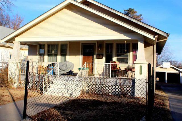 For Sale: 322  Curtis St, Pratt KS