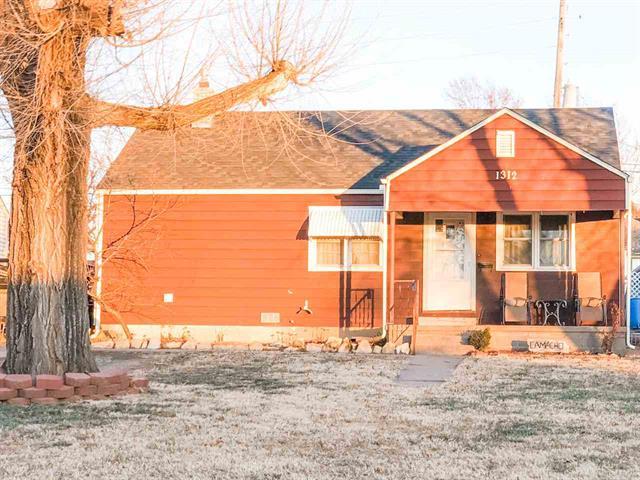 For Sale: 1312  Bobbie St, Augusta KS