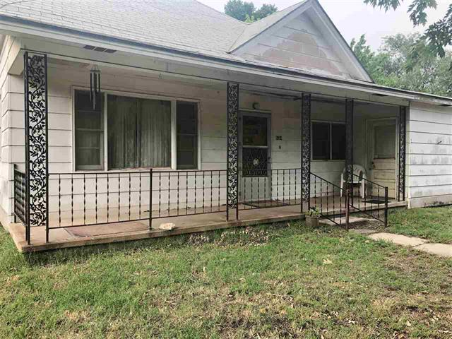 For Sale: 624 W Main, Harper KS