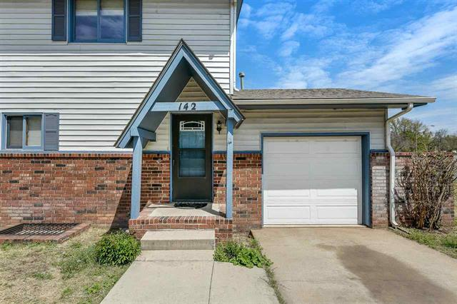 For Sale: 142 E Wood St, Clearwater KS