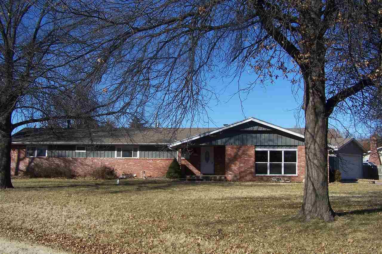 353 S Howe St, Wichita, KS, 67209