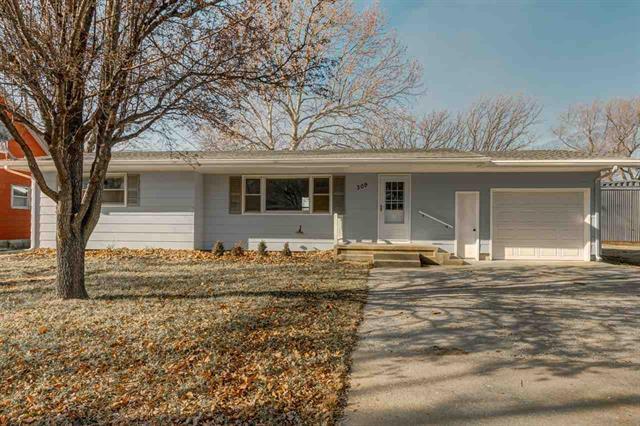 For Sale: 309 S Cedar St, Hillsboro KS