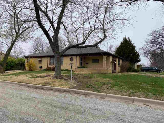 For Sale: 719  Courtleigh St, Wichita KS