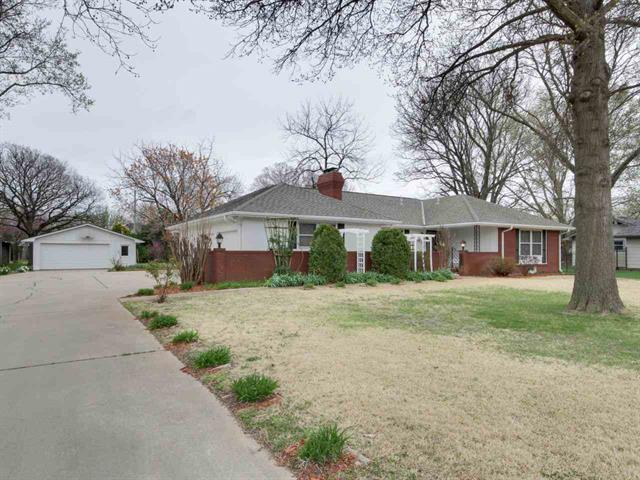 For Sale: 3232 N Somerset Dr, Wichita KS
