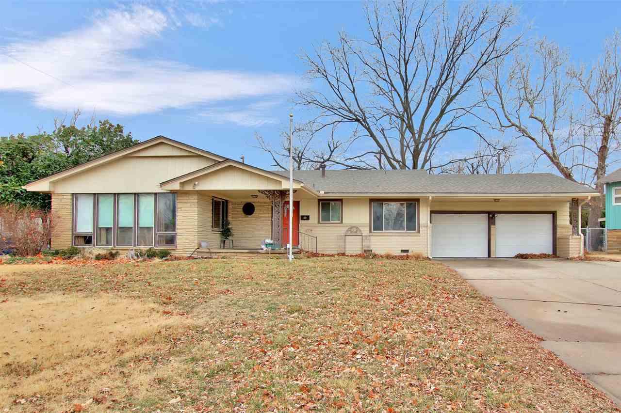 2739 S Larkin, Wichita, KS, 67216