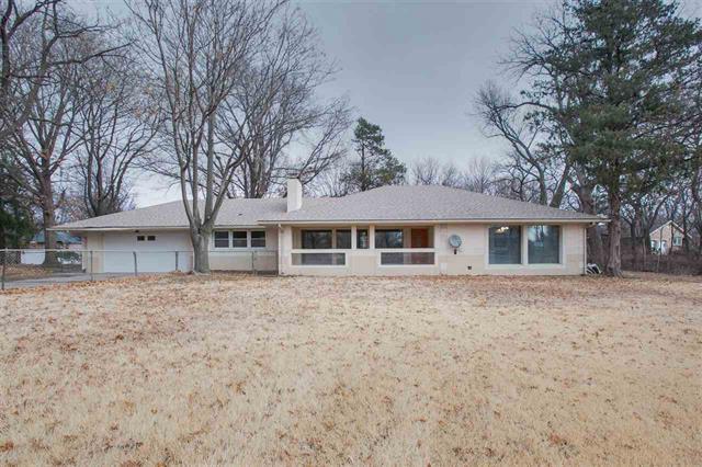 For Sale: 516 W GRAND AVE, Haysville KS