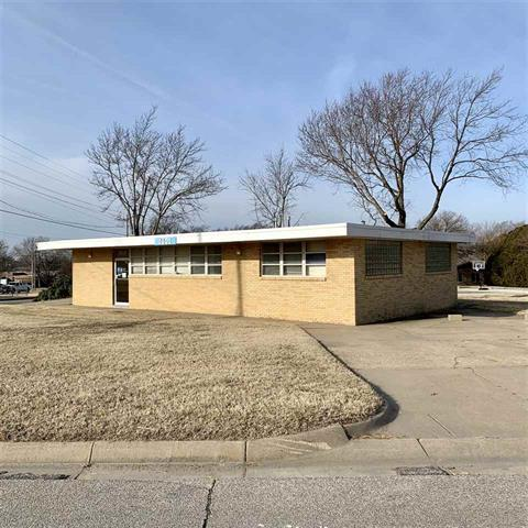 For Sale: 1601 N State, Augusta KS