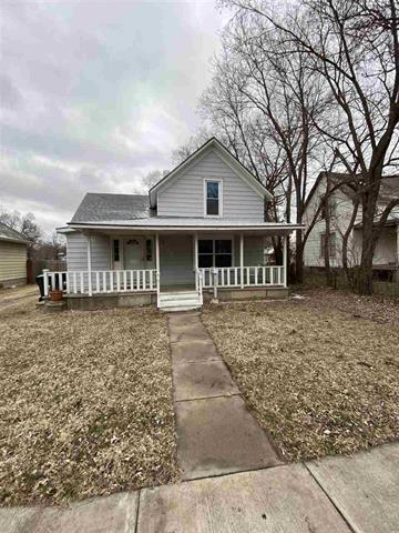 For Sale: 514 E 7th St, Newton KS