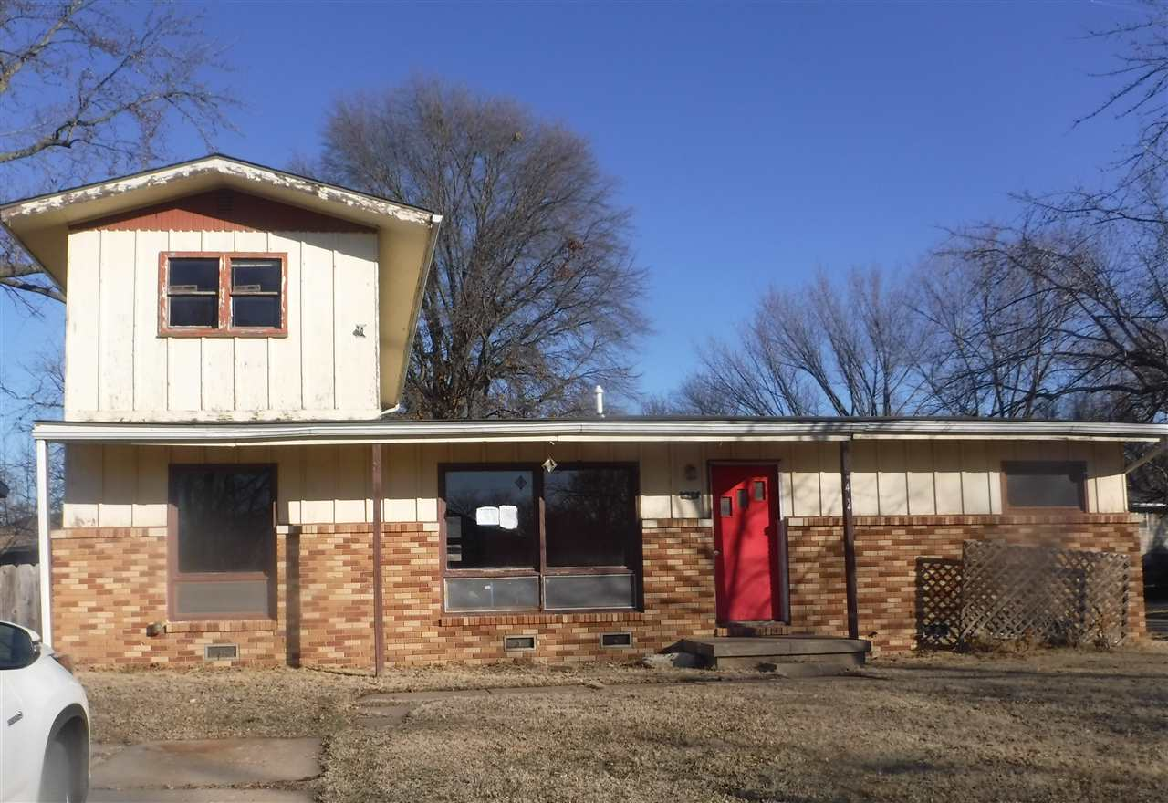 Very large home for a very small price.  This home is located in the Northern portion of Derby, KS.