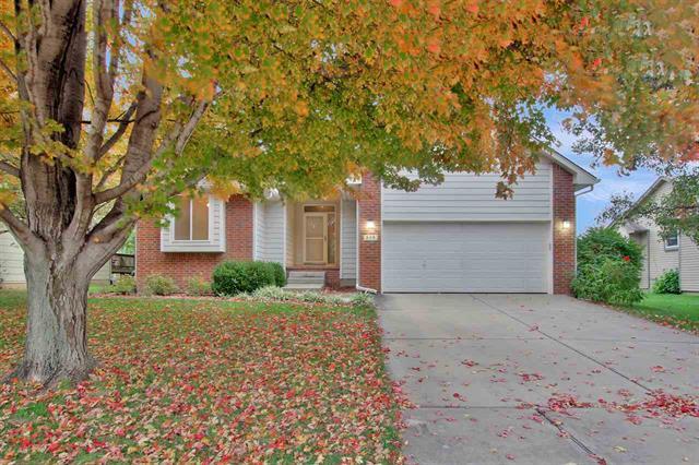 For Sale: 328  Oakmont Ct, Andover KS