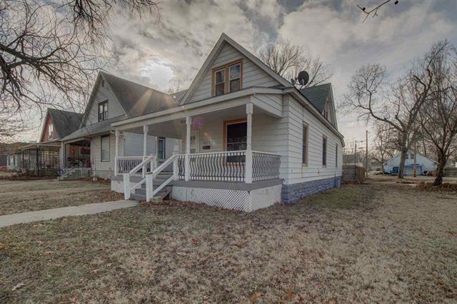 For Sale: 1113 N Main St, Newton KS