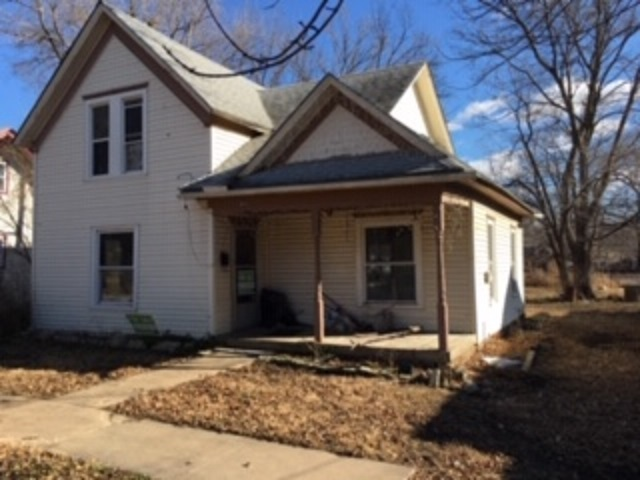For Sale: 622  Santa Fe, Augusta KS