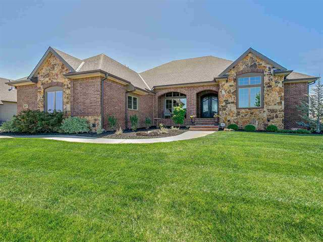 For Sale: 2605 N BAYSIDE CT, Wichita KS