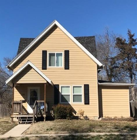 For Sale: 1100 E 6th Ave, Winfield KS