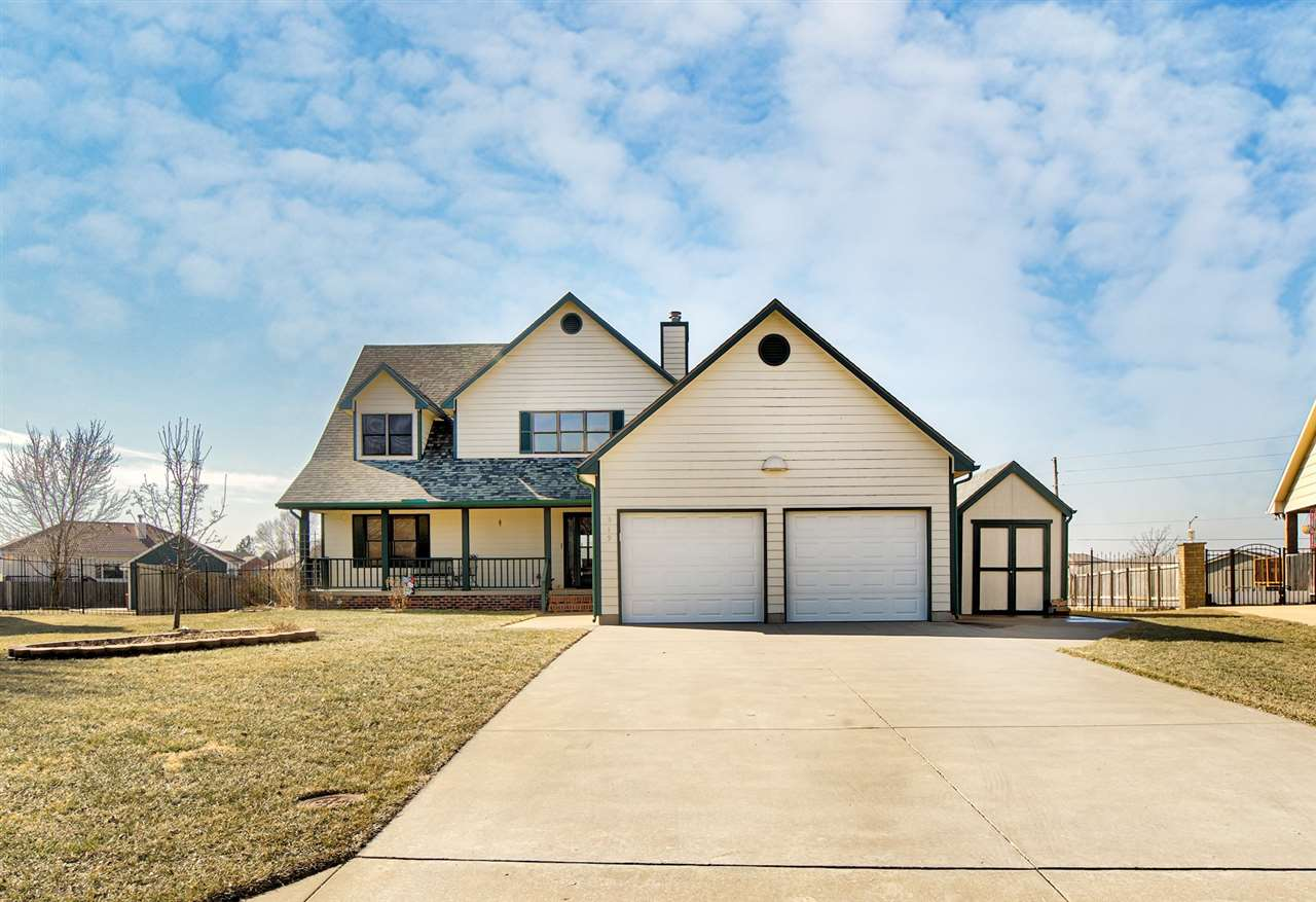 Located on the South side of Newton in Quail Creek Estates, 519 S Quail Ct is situated on just over