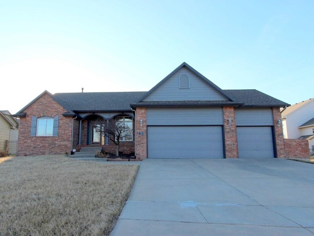 815 N Bristol St, Wichita, KS, 67206