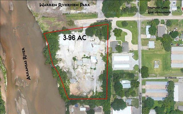 For Sale: 355 W Washington St, Derby KS