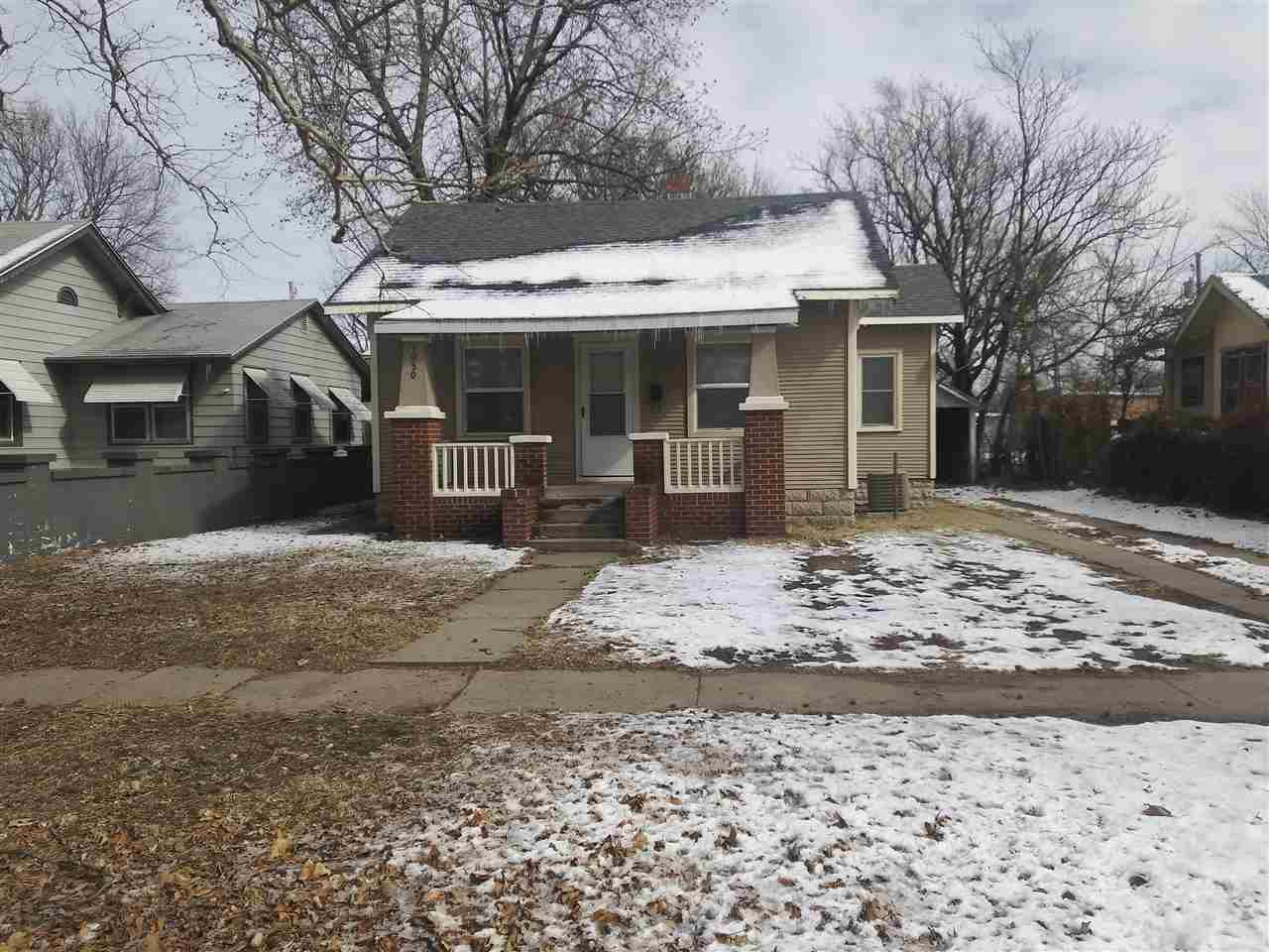 MOVE-IN READY.  NEWER KITCHEN APPLIANCES AND HVAC.  OWNER HAS OWNED PROPERTY FOR OVER 30 YEARS.  NEW