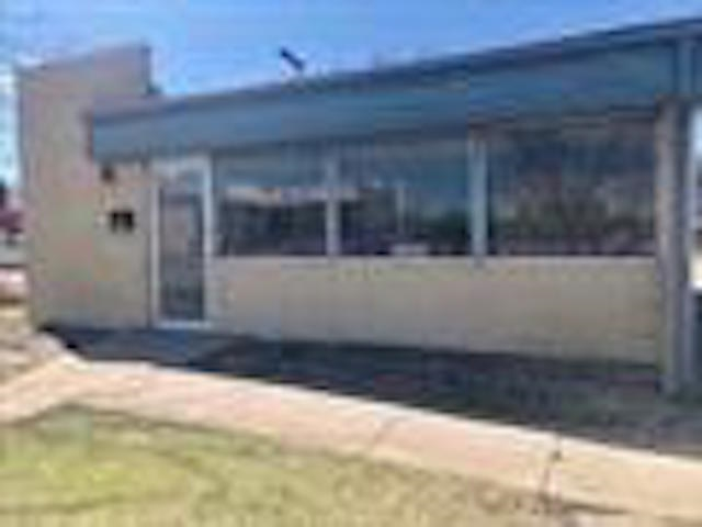 For Sale: 1039 N Broadway Ave, Wichita KS