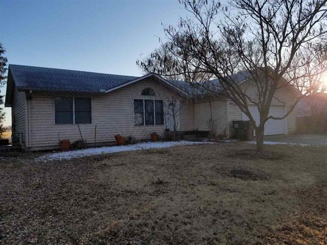 For Sale: 409 W 6th, Haven KS
