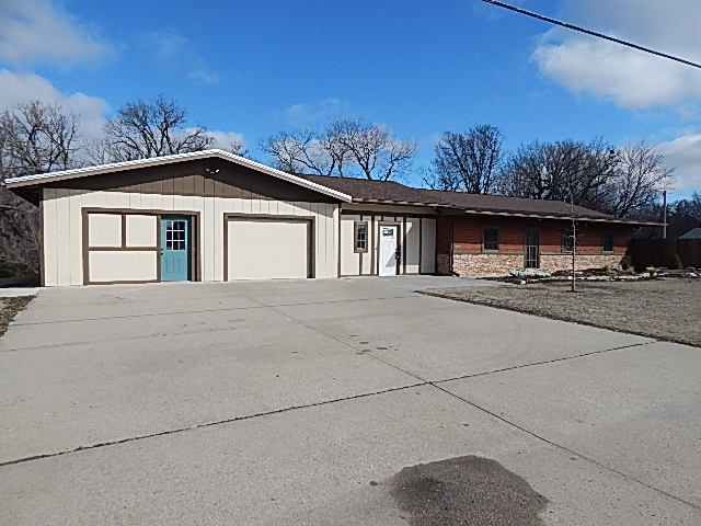 For Sale: 2108 W 14th Ave, Winfield KS