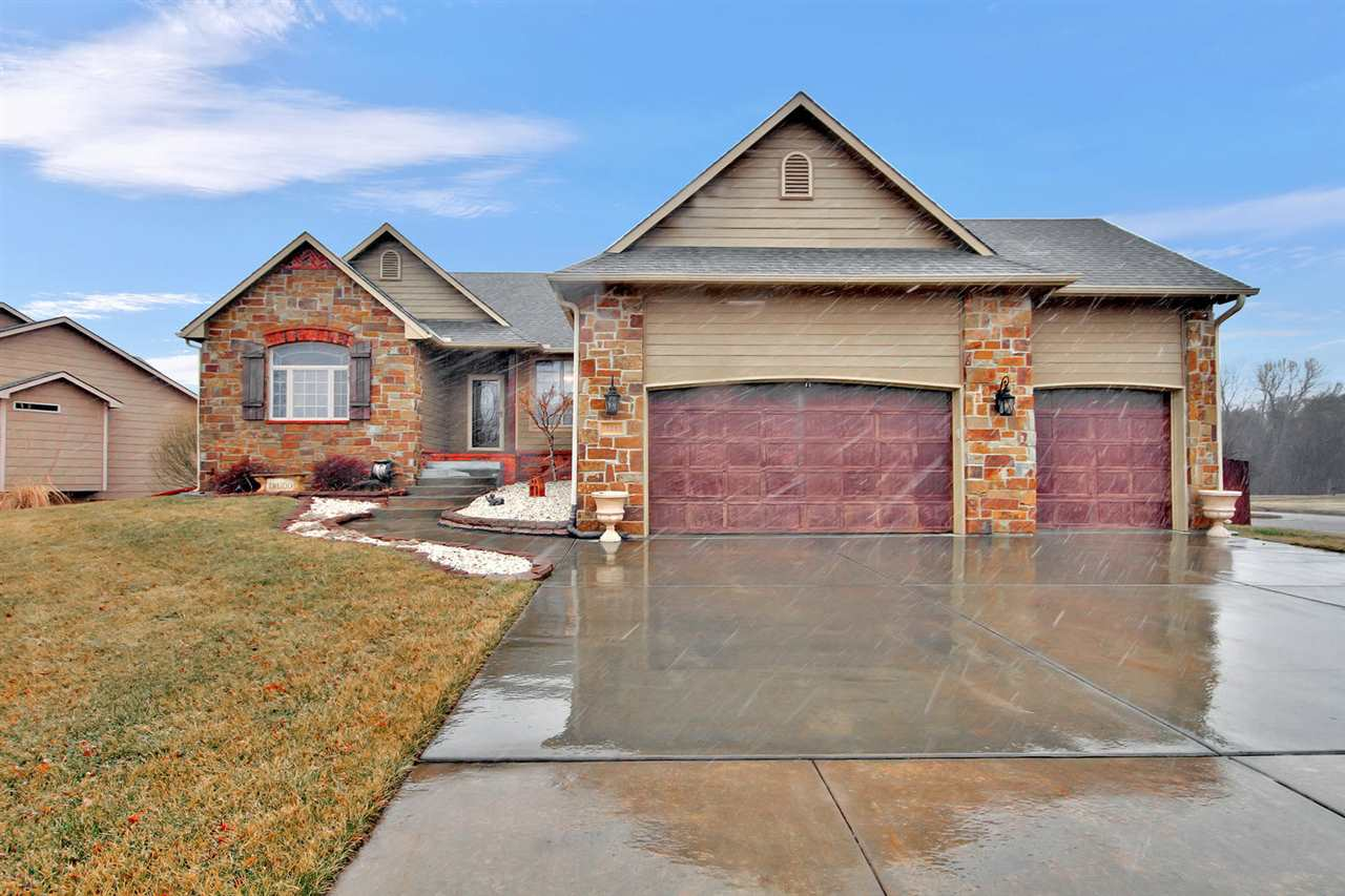 Welcome Home! Beautifully maintained 6BR, 3BA Ranch Home with an In-Ground Pool! You don't want to m