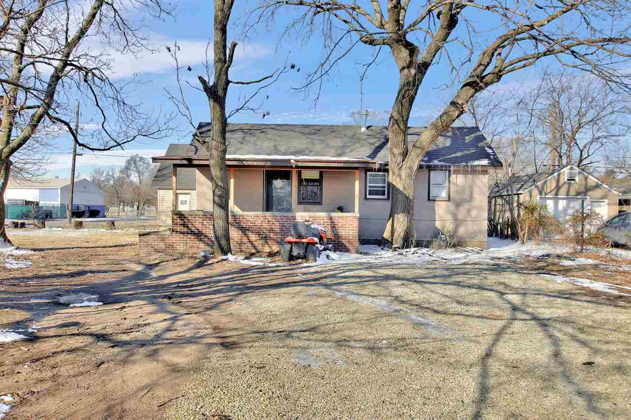 Investment Opportunity or chance to own a home with a lot of nice features. Check out this ranch sty