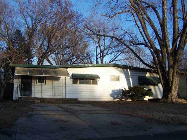 For Sale: 422  Wire Ave, Haysville KS