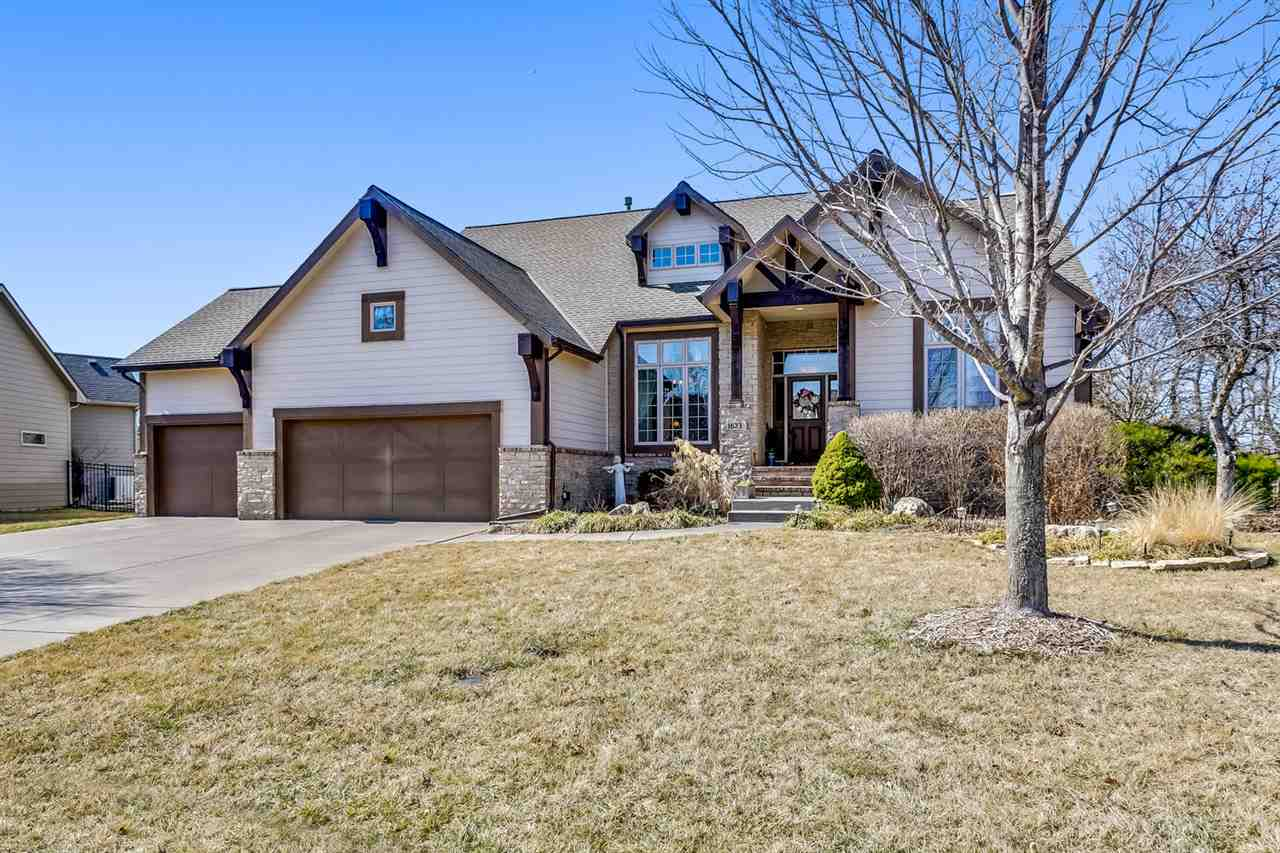 You will love coming home to this warm and inviting ranch with a great open floor plan for easy ente