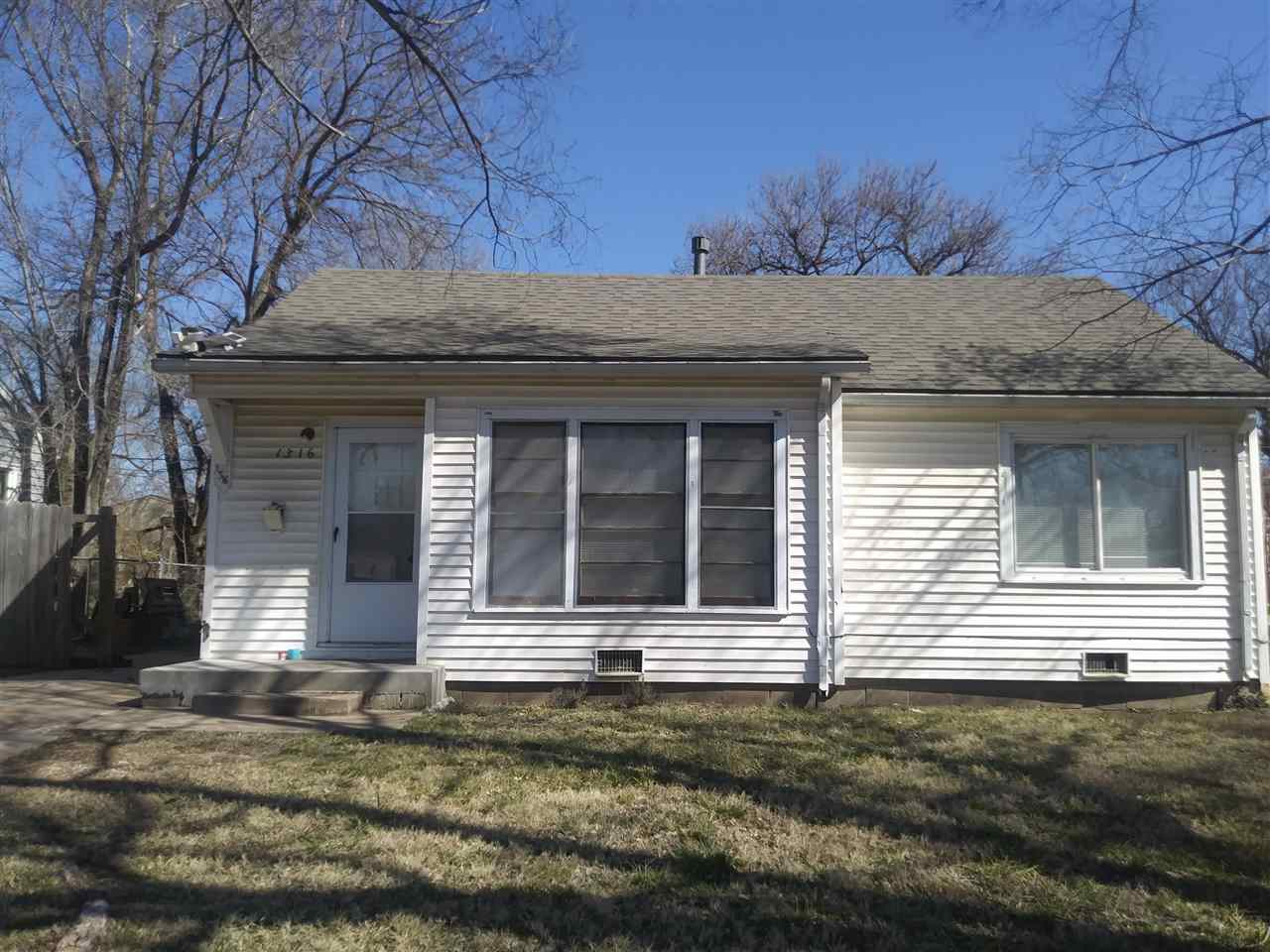 Cute 2 bedroom great for starter home, down sizing or even Investment. Wood floors in bedrooms and l