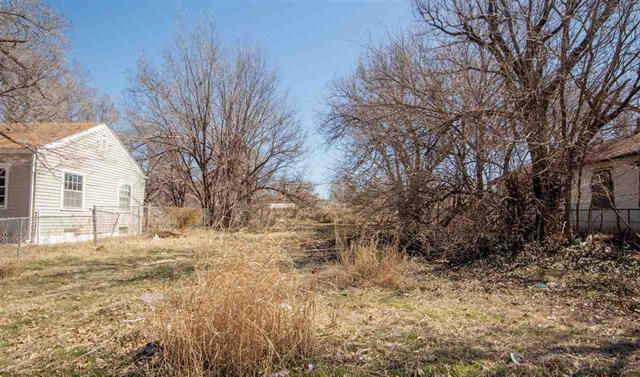 For Sale: 1322 N Green St, Wichita KS