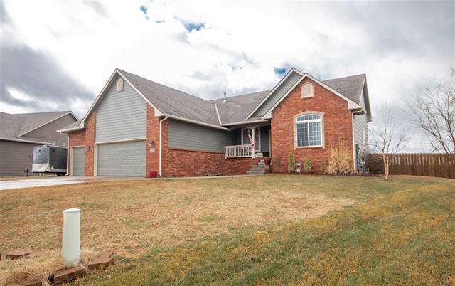 For Sale: 7123 S Kansas St, Haysville KS