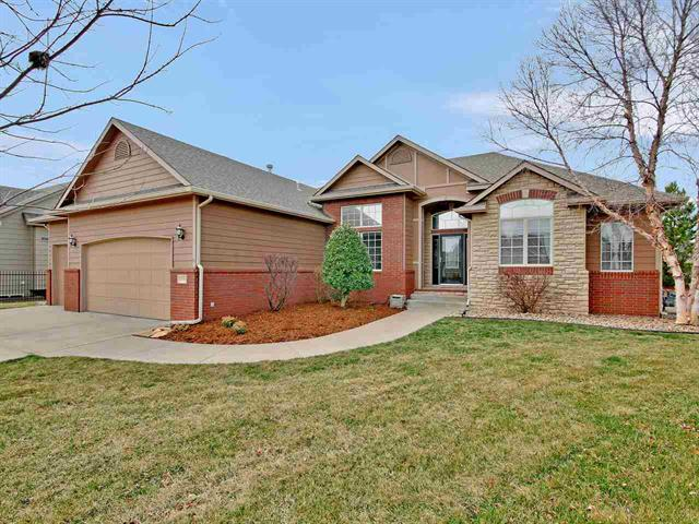 For Sale: 839 N Crescent Lakes Ct, Andover KS