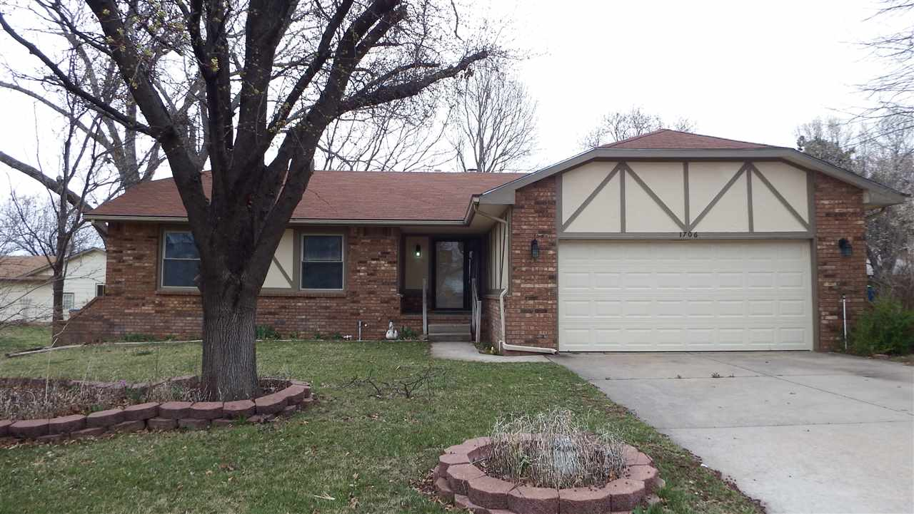 Updated ranch in a lovely, quiet neighborhood. Located on a cul-de-sac lot.  This home has four bedr