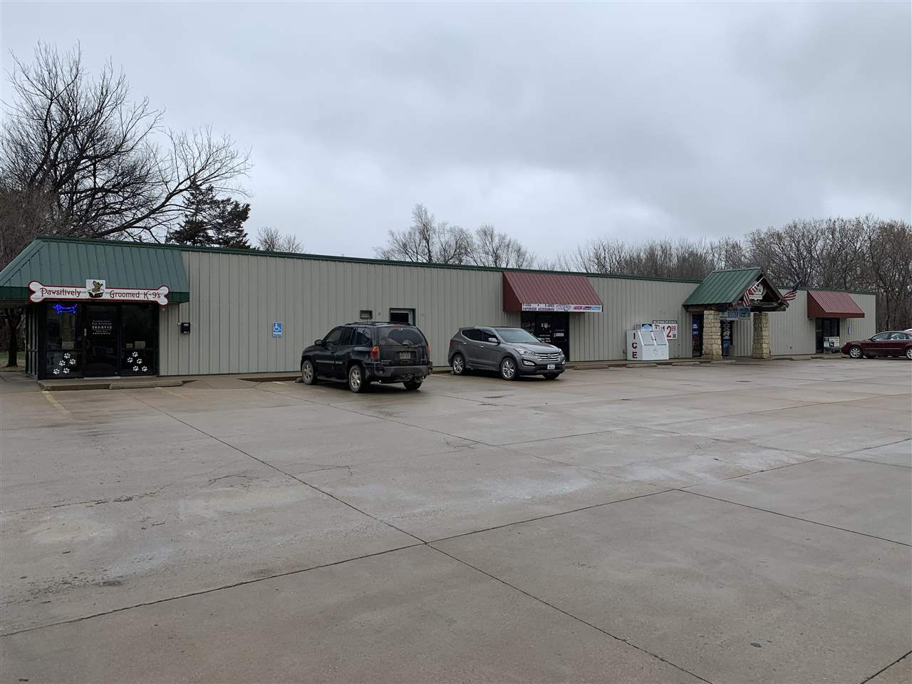 For Sale: 206 S Kansas Ave, Newton KS