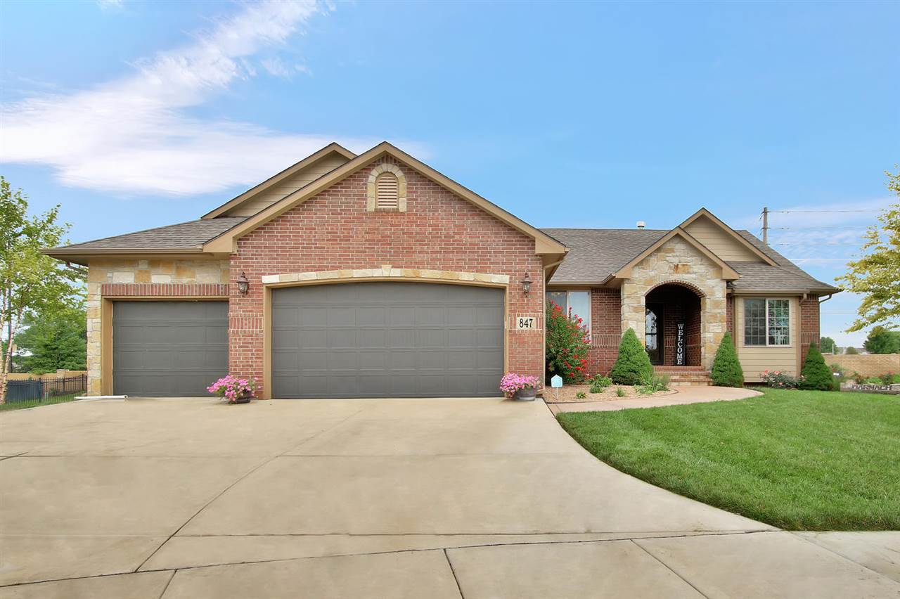This newly listed residence checks all the boxes. Located in the coveted golf course community Oaks Addition, and home to lots of families. Main floor includes high vaulted ceilings, split bedroom plan, open kitchen, and two separate eating areas. Enjoy a mid leel walkout basement that features ahuge family room, fireplace and custom wet bar. Great for entertaining. No neighbors back up to home and sellers recently included a new fence. Special taxes basically are all paid off. Dare to compare other homes in this price range.