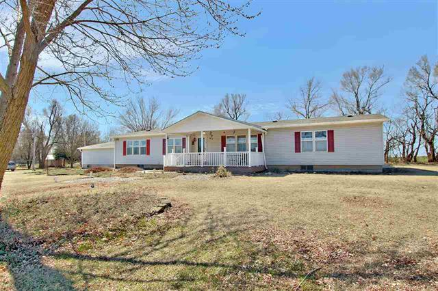 For Sale: 1685 NW 10th Ave, Kingman KS